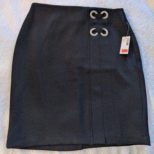 Reitman's Grommeted Pencil Skirt - Black Size 2